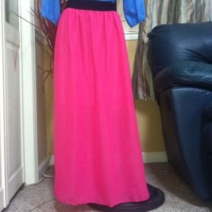 Dresses & Skirts - CLEAR OUT SALE!  🎀Pink Chiffon Maxi Skirt