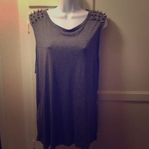 Tops - Spike tank top
