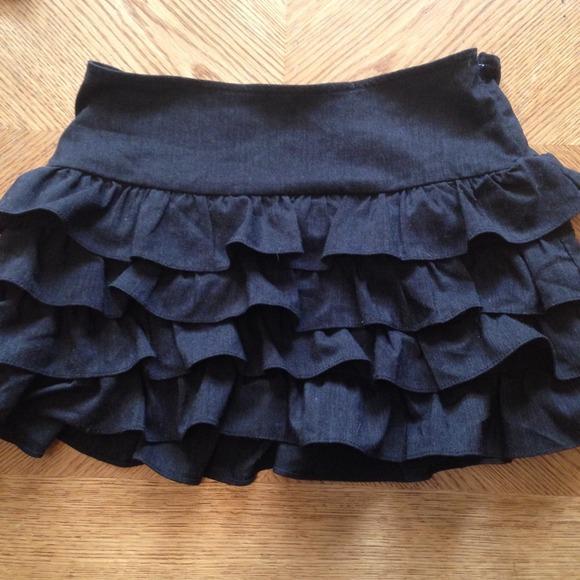 Forever 21 Dresses - Forever 21 Charcoal Ruffle Miniskirt, Size XS
