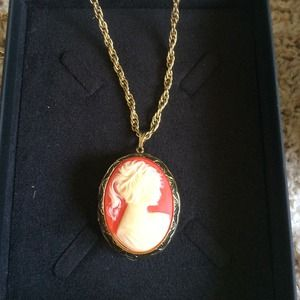 28 inch gold chain with large Cameo locket