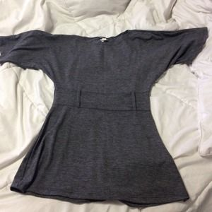 Tops - Gray batwing top