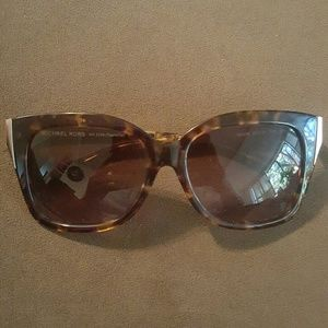 Michael Kors Other - Micheal Kors sunglasses