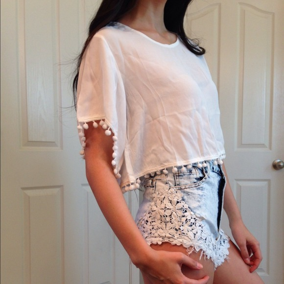 Tops - SOLD NWT White Crop Top w/trim detail 2