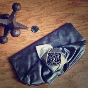 Banana Republic Satin Clutch (Used)