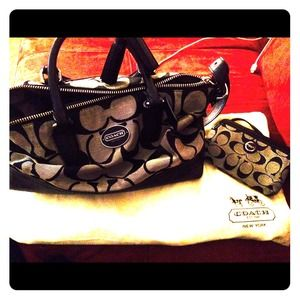 Black & Gray Coach Purse with wallet