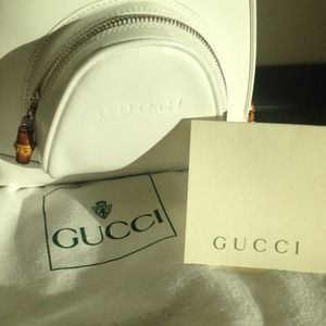 ✨AUTHENTIC✨ vintage white leather Gucci bag