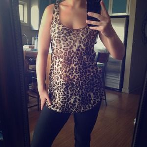 ❌SOLD in bundle! Cheetah tank top