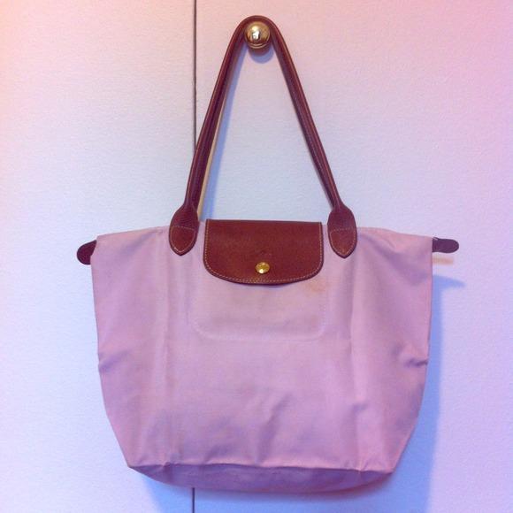 Longchamp Handbags - Lowest price! Longchamp Medium Le Pliage baby pink e2acf6e748