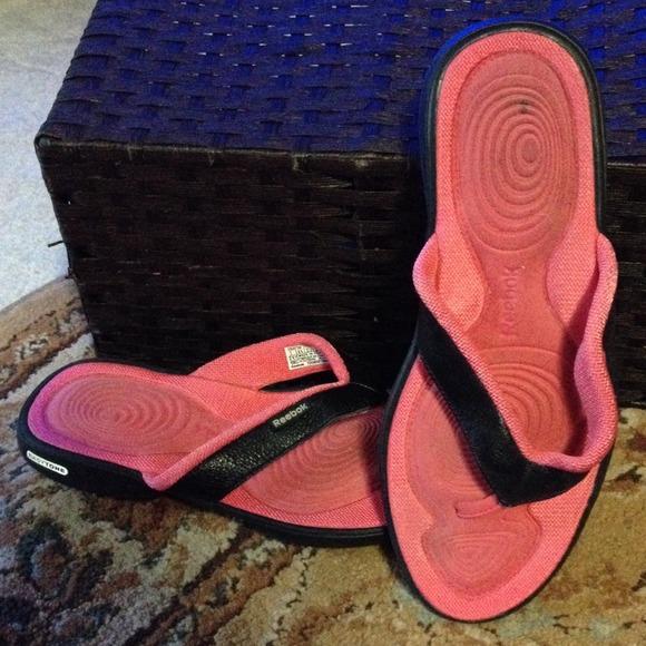 4f4b61791f11c5 Reebok Easytone flip-flops. M 5387de43e6ce286b4e088032