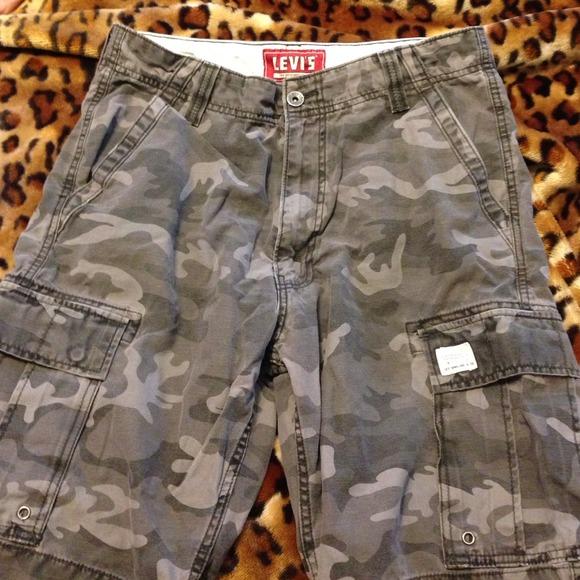cd958e5a Levi's Shorts | Mens Levis Cargo | Poshmark