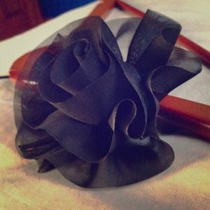 Accessories - Small chiffon flower brooch