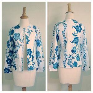 Jackets & Blazers - Blue White Floral Porcelain Print Blazer