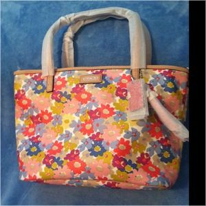 84344f78f64c9 ... reduced coach bags sold coach metro floral print small tote nwt 5b950  4f827 ...