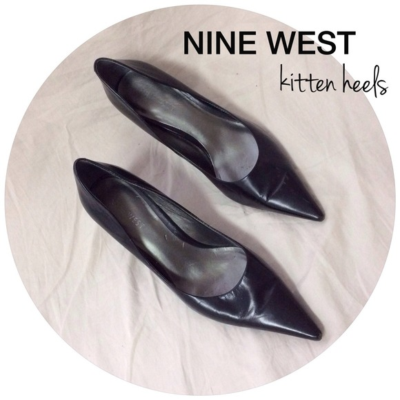Pointy Toe Kitten Heel Pumps