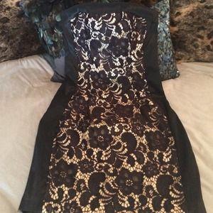 Dresses & Skirts - Cache' Strapless dress
