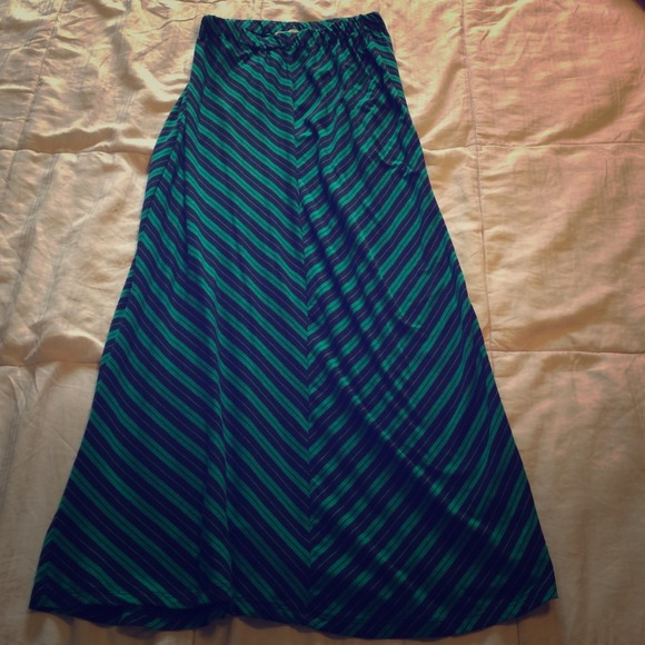 77 olive and oak dresses skirts navy blue and