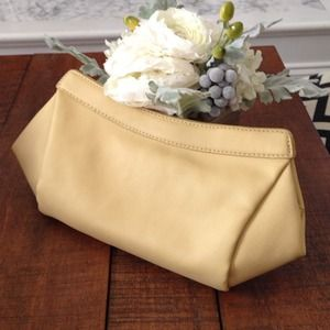 Pale Yellow Faux Pebbled Leather Clutch (Used)