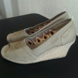 75 sketchers shoes sketcher wedges from noemi s