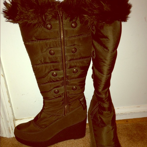 20% off Juicy Couture Shoes - Juicy couture winter boots