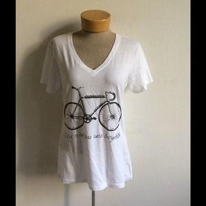 Ceci pas n'est pas Une bicyclette t shirt