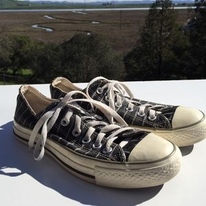 Converse Gray Striped Sneakers 8