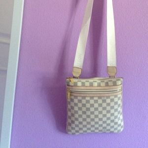 Handbags - ⬇️REDUCED Inspire Louis Vuitton cross-body bag