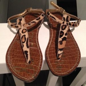 8cfb28e82 Sam Edelman Shoes - Sam Edelman Gigi flat sandals in new nude leopard