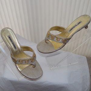 Manolo Blahnik Shoes - Pre-loved Manolo Blahnik Beige&Gold Woven Sandal38