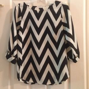 Tops - Everly brand chevron top
