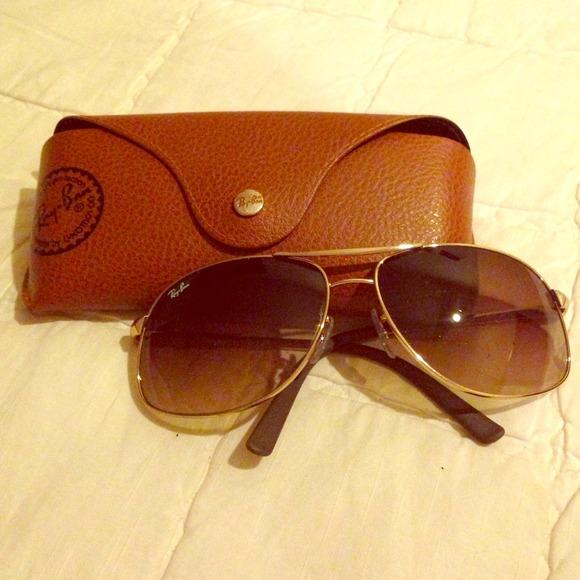 eccc066043878 Ray Ban Sunglasses. M 538e8673dc6209058c012f0d