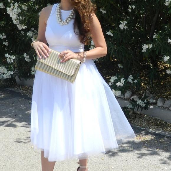 Dresses - White tutu.