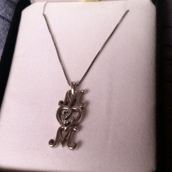 1ea7a827d Kay Jewelers Jewelry | Kay Open Hearts Mom Necklace | Poshmark