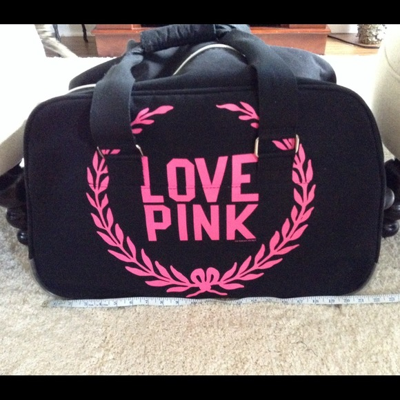 Victoria's Secret - Victoria's Secret Love Pink Wheelie Luggage ...