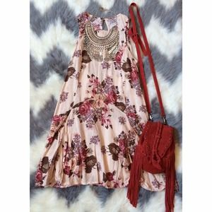 Brandy Melville Dresses - SOLD! HOST PICK X2 Brandy Melville Floral Dress 1