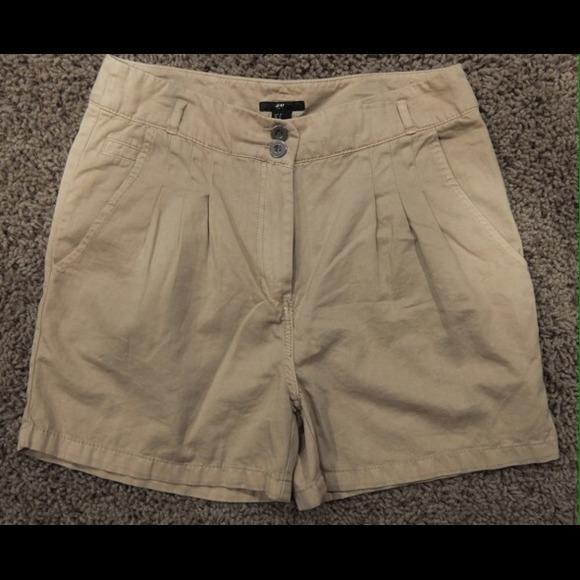 85% off H&M Pants - H & M High Waist Tan/Khaki Walking Shorts 8 ...