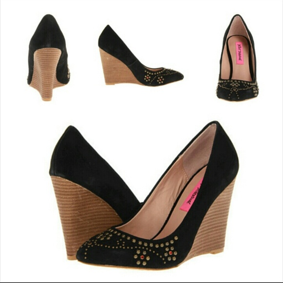 No Place Like Home Shoes Price
