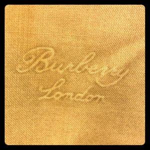 Burberry beige scarf