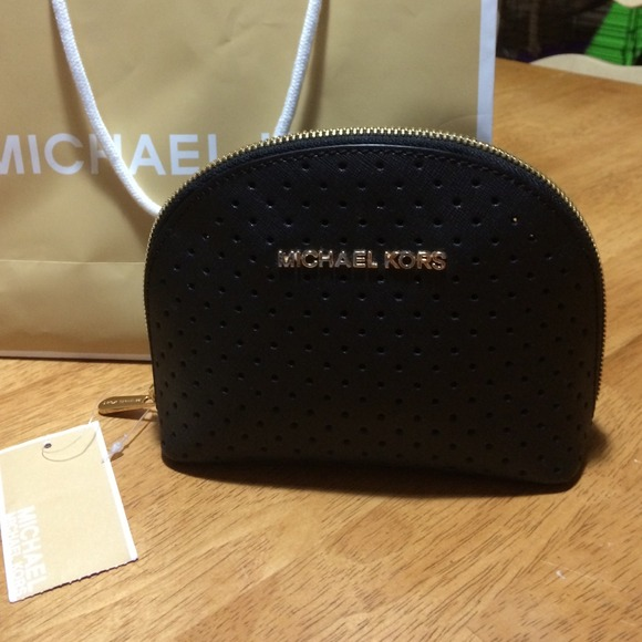 1c061451875f ... travel 699c1 8dc2d  ebay michael kors large black leather cosmetic bag  bffee d5c34