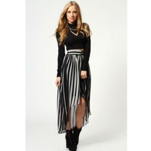 Dresses & Skirts - High low skirt