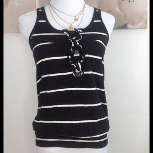 Wet Seal Tops - Cute black and white top