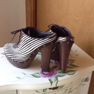 NWOT!!  Sam Edelman Calf Hair Zebra Clogs!!