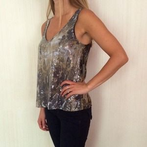 BB Dakota Tops - NWT BB Dakota Jack sequined top