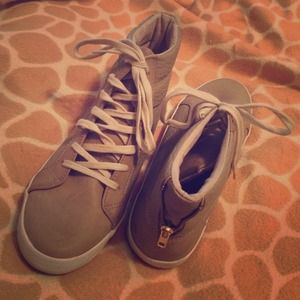H&M DIVIDED Faux Leather High Top Sneakers - Taupe