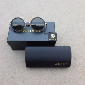 wildfox Accessories - Wildfox Winona sunglasses