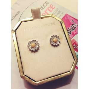 Juicy Couture Daisy Studs