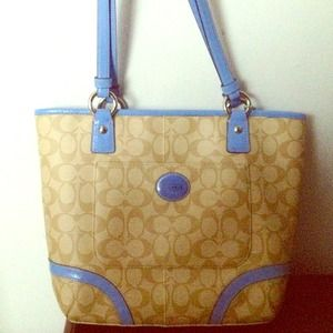 Brand New Coach Signature Tote