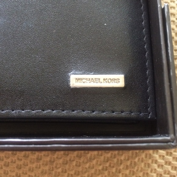 da97888eaac3 ... Michael Kors Bags - Michael Kors Mens Black Bifold Passcase Wallet ...