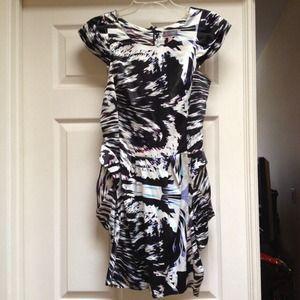 Beautiful dress by Lipsy London size8 UK=size2 USA