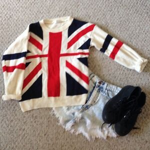 Sweaters - ❄️SALE❄️ON HOLDBritish Flag Sweater
