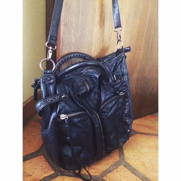 ac6a751175 💋Deena & Ozzy Urban Outfitters black bag. M_539508d14e86ed058a00603f